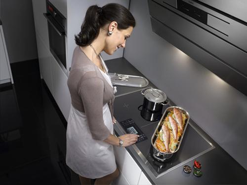 Cách sử dụng bếp điện từ kết hợp