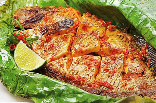 nướng cá bằng lò nướng Rosieres