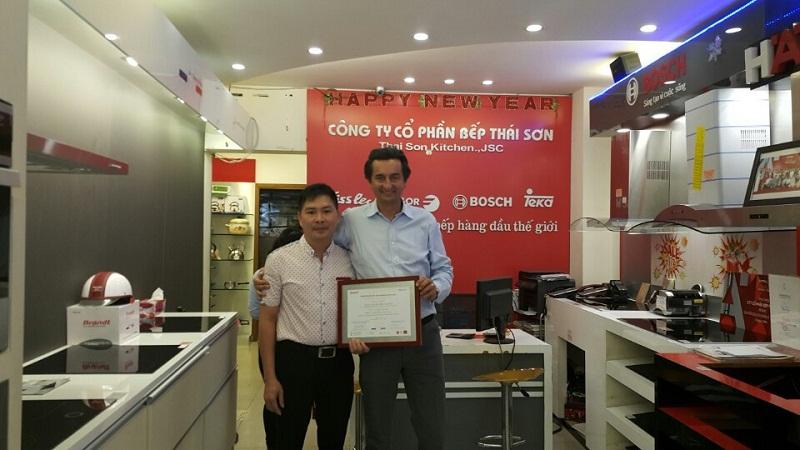 Giám đốc toàn cầu Brandt và GĐ Siêu thị bếp Thái Sơn