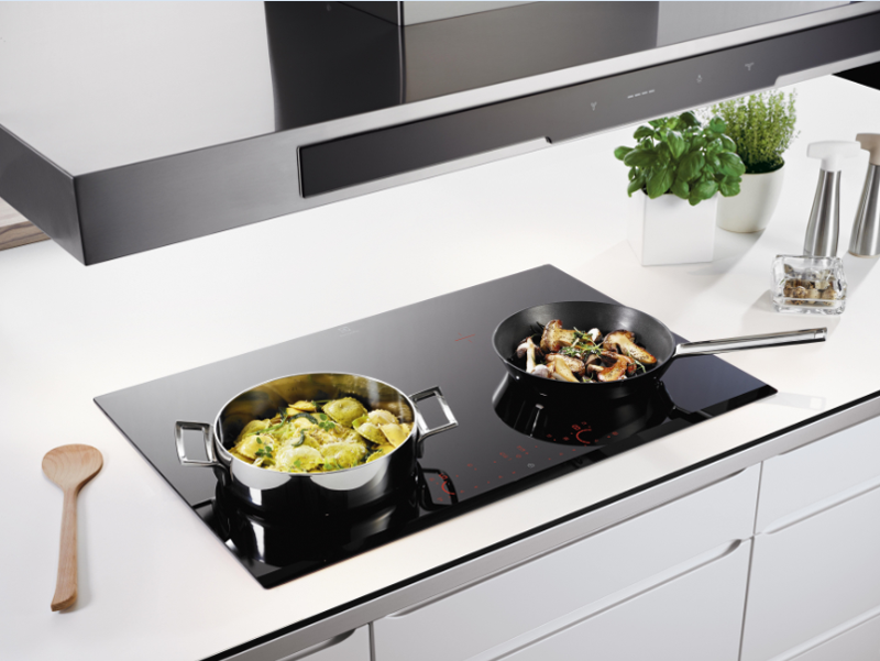 Bếp điện từ Napoli NA - 800K2 tích hợp những công nghệ thông minh