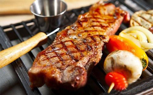 Bếp điện có khả năng nướng trực tiếp thức ăn