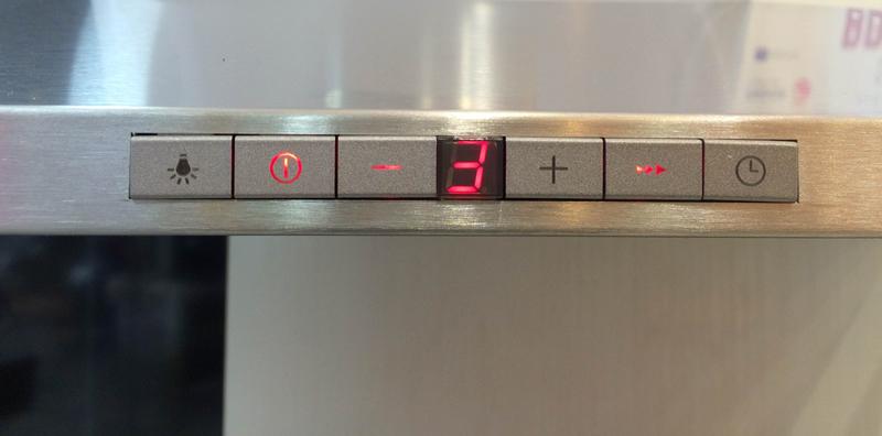 các phím điều khiển máy hút mùi Fagor CFS-90AXA