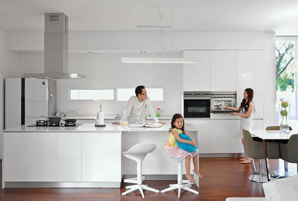 không gian bếp sang trọng với Máy hút mùi Teka DJE 90