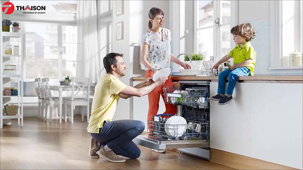 Sử dụng máy rửa bát Bosch bảo vệ gia đình bạn.