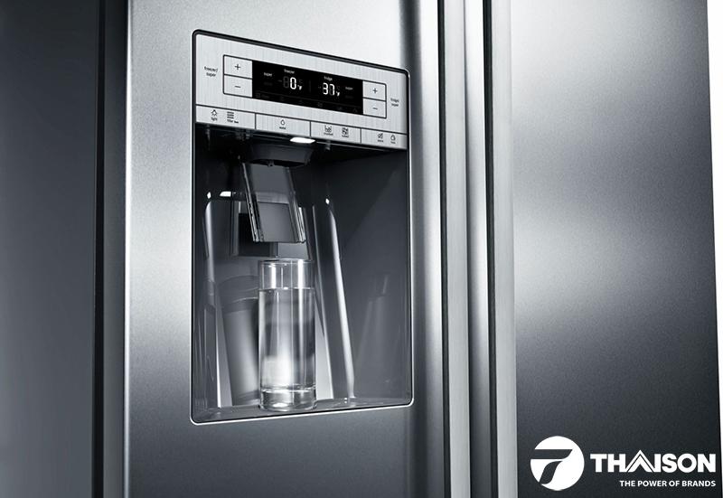 Bộ lọc nước UltraClarity trên tủ lạnh Bosch