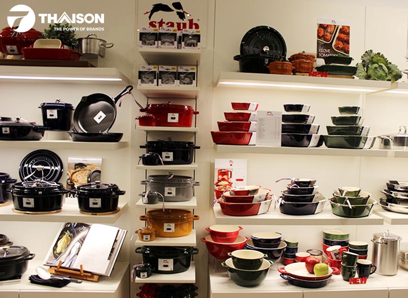 Các sản phẩm Staub chính hãng được bày bán tại Siêu thị Bếp Thái Sơn