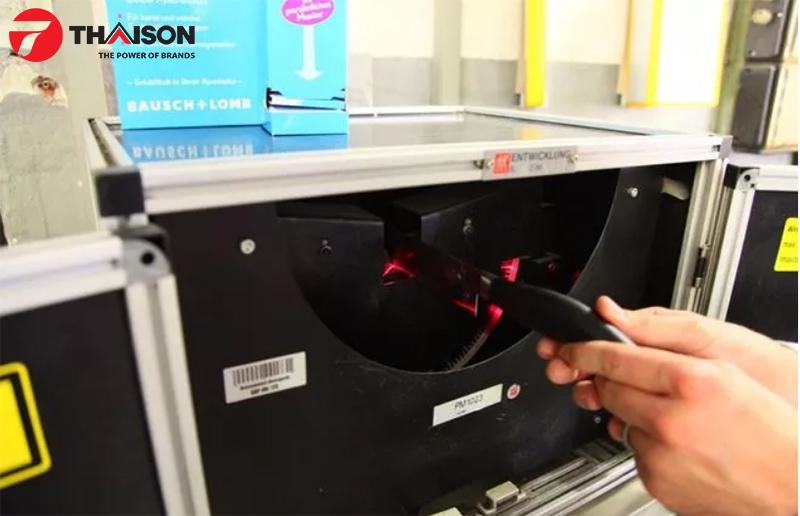 Sản xuất dao Zwilling tại nhà máy ở Đức