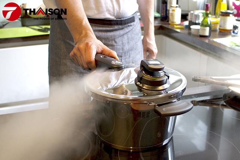 Nồi áp suất dùng cho bếp từ
