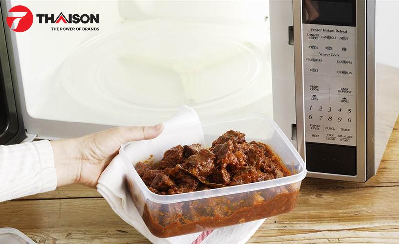 Túi nhựa, hộp nhựa ở nhiệt độ cao giải phóng BPA vào không khí và thức ăn