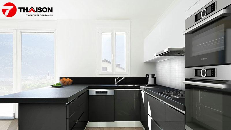 Lò nướng tự làm sạch Bosch