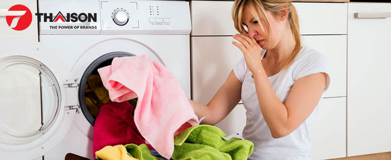 Máy giặt lâu ngày không vệ sinh thường có mùi