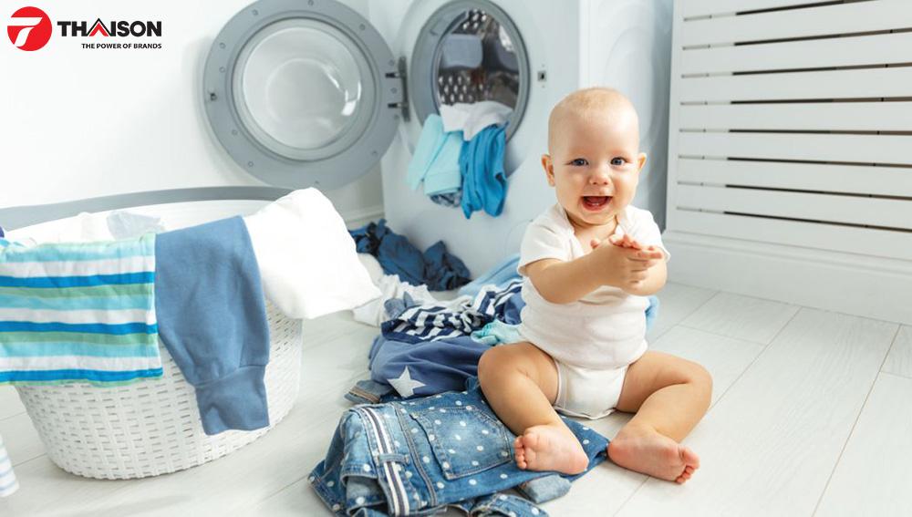 Sử dụng máy sấy giúp trẻ không bị kích ứng da.