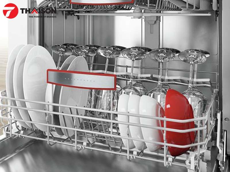 Để dụng cụ nhà bếp cần rửa đúng cách