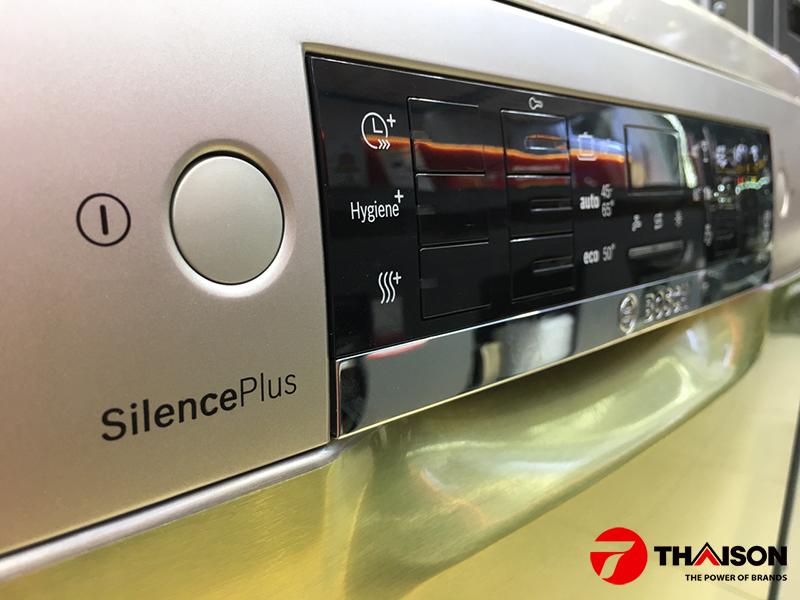 Bảng điểu khiển máy rửa bát Bosch với chế độ sấy ExtraDry