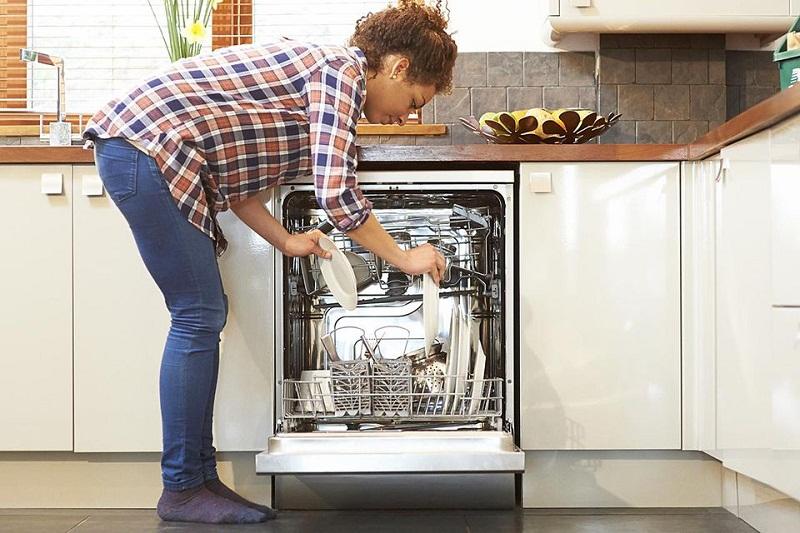 Máy rửa bát nào tiết kiệm điện nước