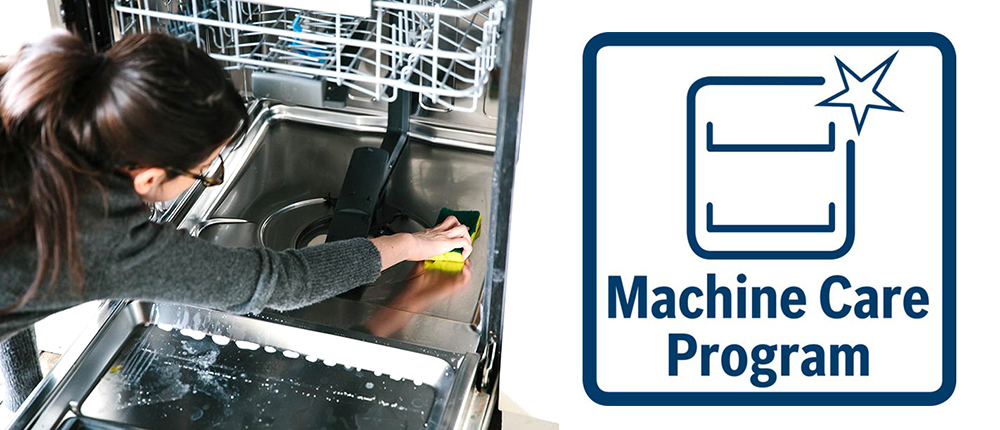 Quy trình vệ sinh khoang máy với Machin Care.