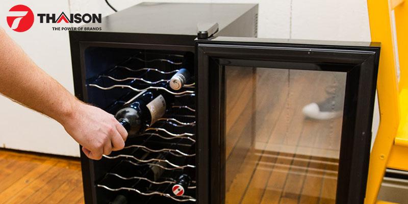 Chọn tủ rượu phù hợp với nhiều loại chai khác nhau
