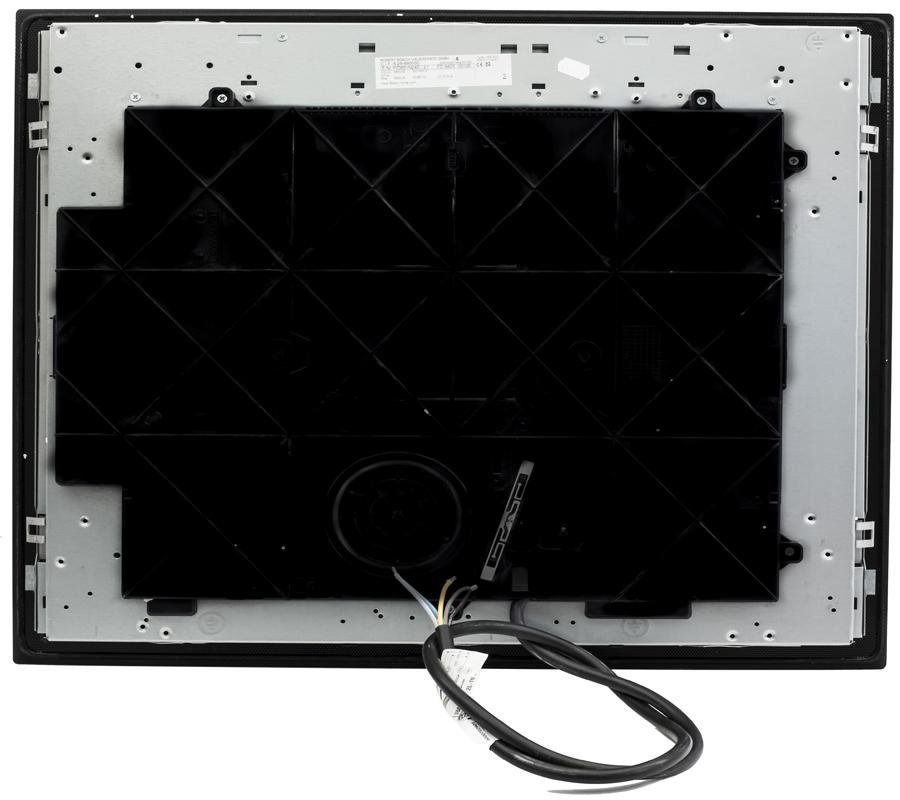 Mặt dưới bếp từ Bosch PID651N24E với thông tin đầy đủ trên tem dán